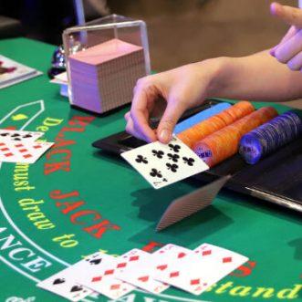 Familiarizarse con el blackjack en línea